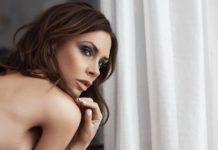 Estée Lauder devela campaña con Victoria Beckham