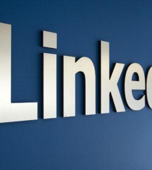 Linkedin actualiza su plataforma y añade un sistema de aprendizaje para el chat