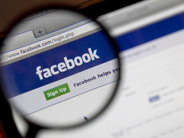 Usuarios de Facebook critican las pruebas de la red social ante las Fake News