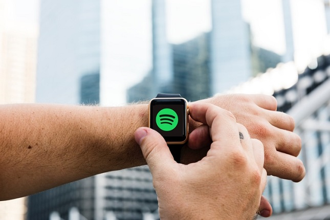 Spotify publica su versión beta para Apple Watch