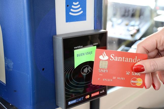 Bus de Madrid ya permite pagar con tarjeta o con el móvil