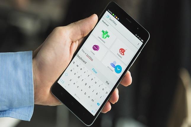 Teclado de Google mejorará dictado de voz sin conexión