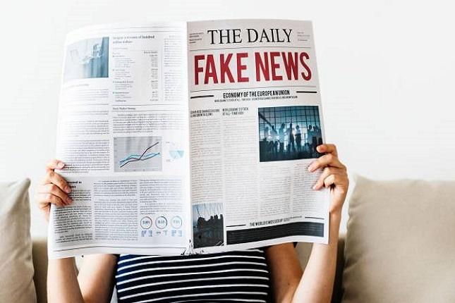 IA crea noticias falsas