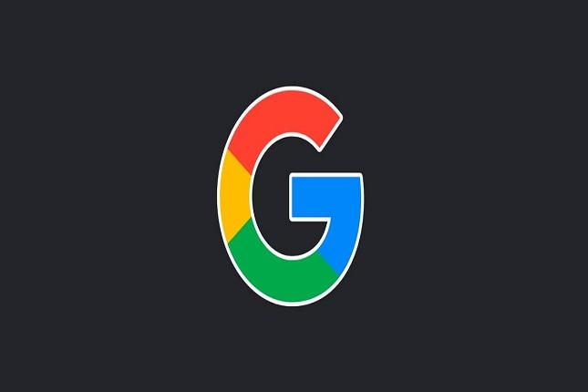 Google prueba modo oscuro en Discover y Assistant