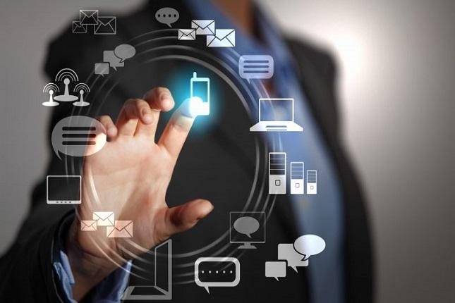La revolución tecnológica transforma la sociedad en todos sus ámbitos