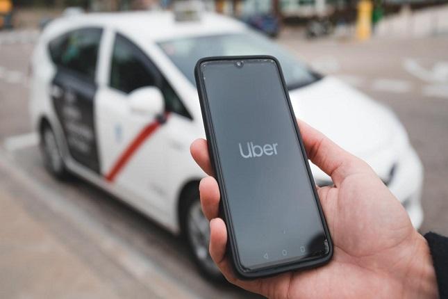 Uber y los taxis de Madrid hacen las paces ofreciendo un servicio conjunto
