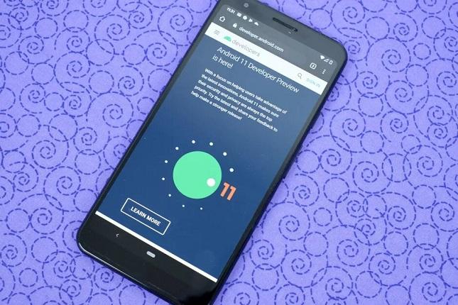 Android 11 aceptará que los usuarios descarten las notificaciones permanentes
