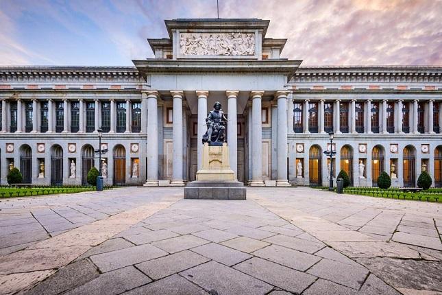 TikTok apuesta por la cultura organizando visitas al Museo del Prado