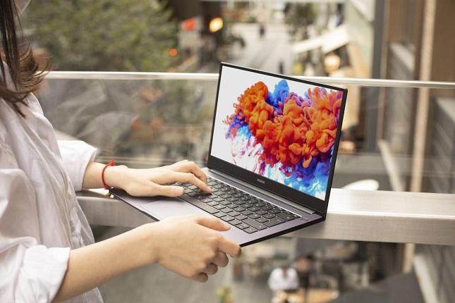 Honor presenta su portátil MagicBook 15 con procesador AMD