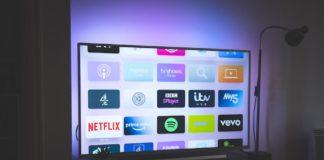 Los españoles pasaron 3,9 horas diarias frente al televisor en 2020, un 6,7% más que en 2019