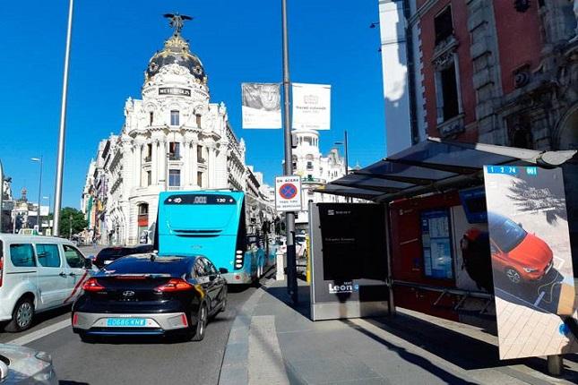 La campaña del SEAT León e-HYBRID, cárgalo como un móvil