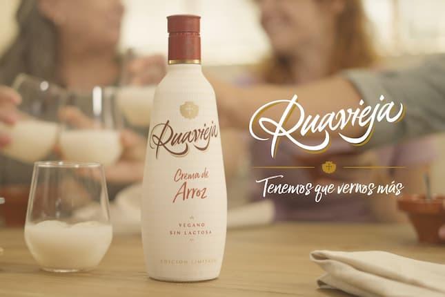 The Mix presenta la nueva crema de arroz vegana de Ruavieja que se venderá en Glovo