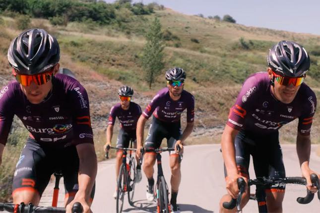 Finisseur celebra con un spot su primera participación en La Vuelta de la mano del Burgos BH