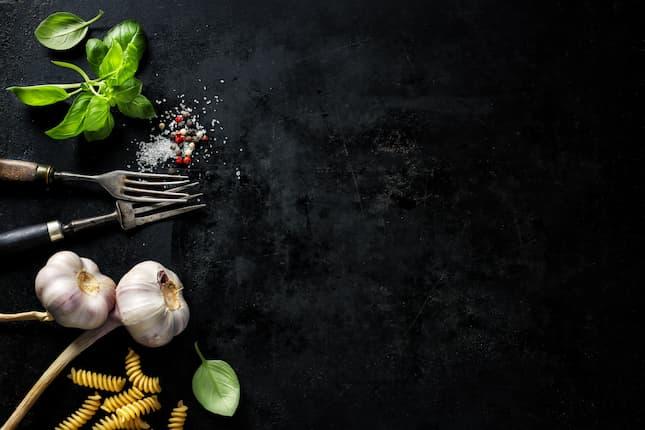 Estrategias creativas para anuncios de comida, bebida y restaurantes