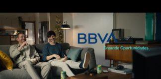 El servicio cambio de banco es el protagonista de la nueva campaña creativa de BBVA