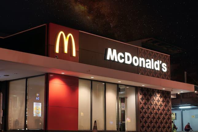 McDonald's activa una iniciativa solidaria para recaudar fondos para los afectados por el volcán